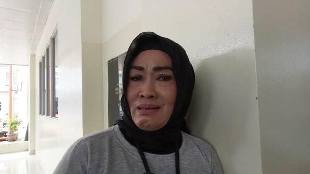 Curhat Ibunda Soal Julia Perez: Biar Penyakit Kamu Dipindahin ke Mama (101664)