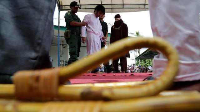 4 Pasangan yang Dipergoki Pacaran Dicambuk di Aceh (64221)