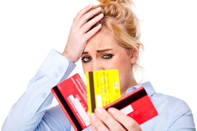 Belanja Hingga Limit Kartu Kredit Habis