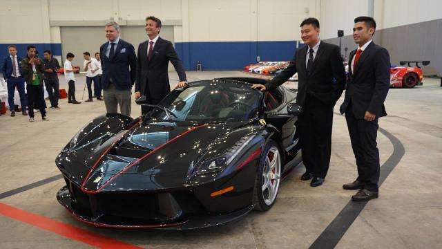 Punya Banyak Uang, Taipan Ini Malah Ditolak saat Beli Ferrari  (543873)