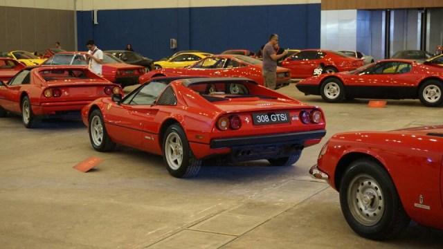 Mobil Ferrari