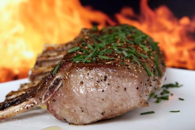Awas Salah Pilih! Ini 5 Cara Membedakan Daging Babi dan Sapi (151727)