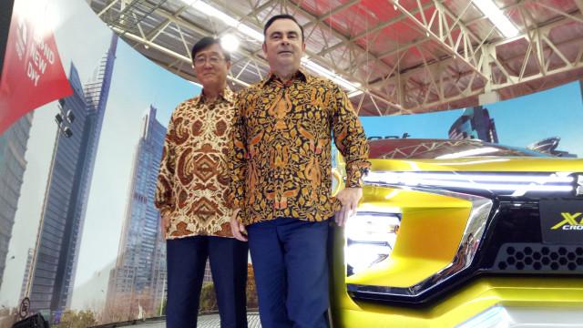 Osamu Masuko dan Carlos Ghosn