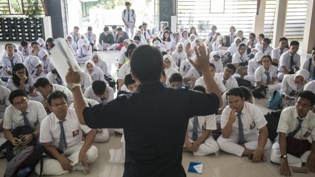 Hasil PPDB Zonasi DKI: Ada 7 Siswa Usia 20 Tahun Lolos Masuk SMA (81493)