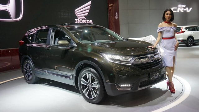 Honda CR-V Turbo dan Fitur yang Dijanjikan (353954)