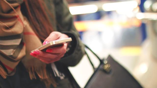 5 Cara Hemat Baterai Smartphone saat Mudik (3525)