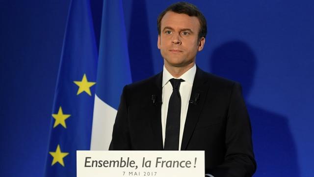 Macron Ngetwit Pakai Bahasa Arab: Kita Tak Punya Masalah dengan Agama Apa Pun (53645)
