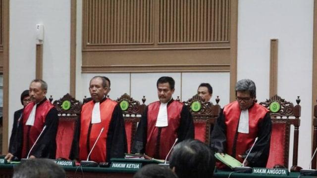 Hakim dalam sidang vonis Ahok