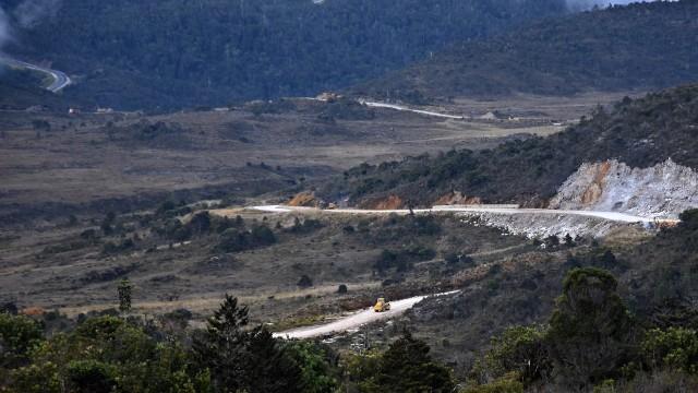 Jalur trans Papua