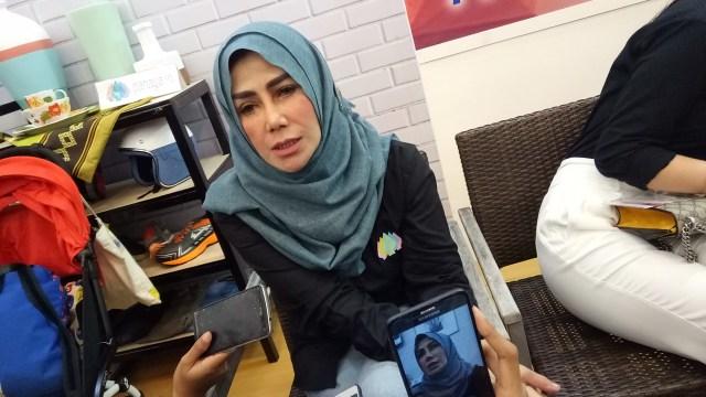 Mama Amy Menangis Saat Kena Prank Raffi Ahmad Minta Izin Nikah Lagi (3880)