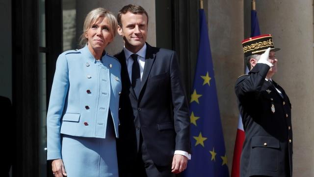 Brigitte dan Macron di inagurasi.