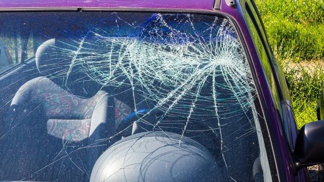 Tragedi Tol Jakarta-Cikampek, Pengendara Mobil Tewas Dilempar Batu (487251)
