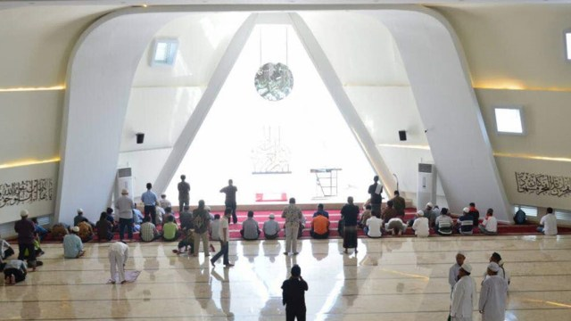 Al-Safar, Masjid Terbesar di Rest Area se-Indonesia (151152)