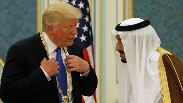 Trump: Pangeran Saudi yang Ditahan Telah Memeras Negara (641981)