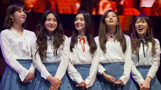 Rekomendasi 7 Lagu Hits Milik Girlband Red Velvet - kumparan com