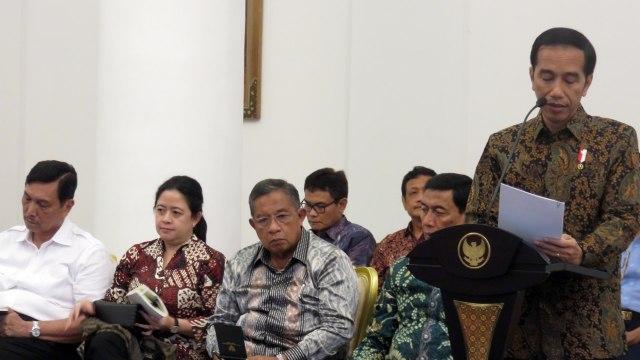 Jokowi: Berikan TNI Kewenangan di UU Terorisme  (42104)