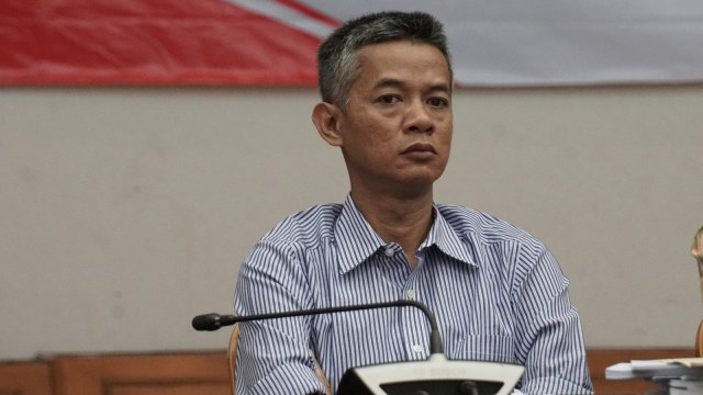 FOTO KHUSUS LIPSUS,  Anggota KPU Wahyu Setiawan