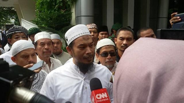 Pendukung Prabowo - Sandi Rilis Doa dan Zikir Agar Menang di Pilpres (301832)