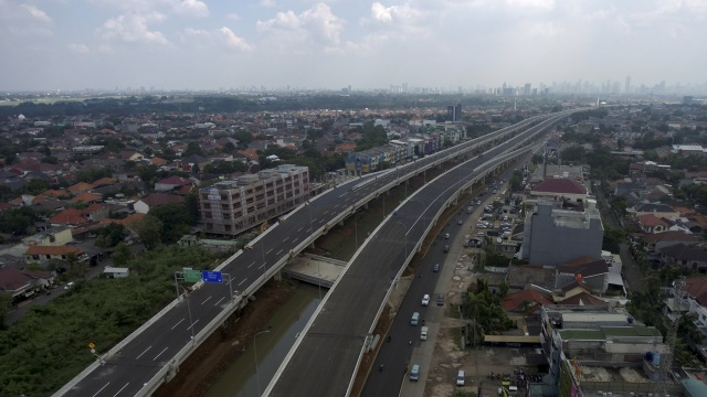 Foto: Pembangunan Tol Becakayu Terhambat (26517)
