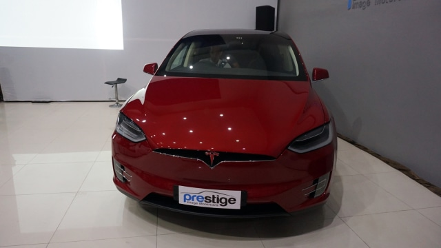 Fitur Autopilot Tesla Model X Bisa Dijajal di Jakarta (131556)