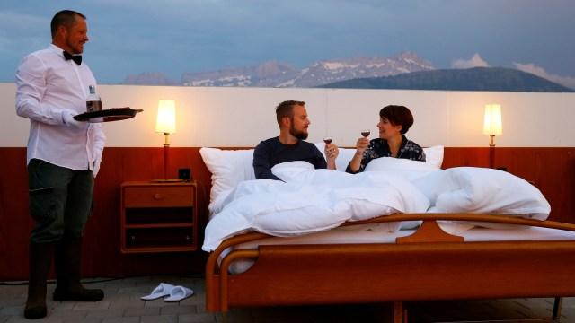 Hotel Ini Tawarkan Sensasi Menginap di Alam Terbuka, Seperti Apa? (255574)
