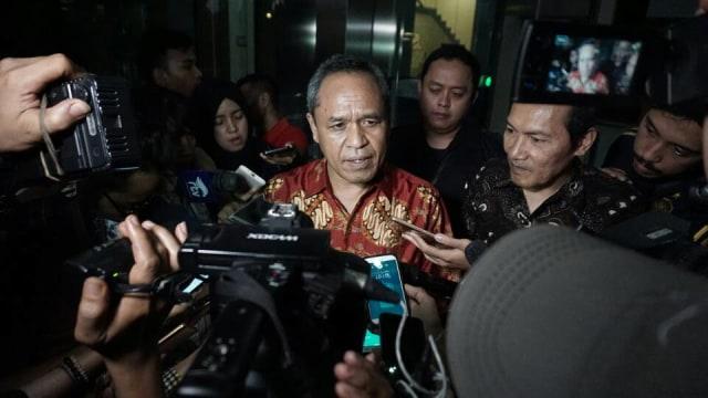 Anggota DPR Asal NTT Komentari Kerumunan Jokowi: Teringat Habib Rizieq (31691)