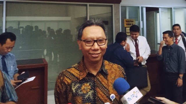 OJK: Kerugian Akibat Investasi dan Fintech Bodong Capai Rp 8.160 T per Tahun (255075)