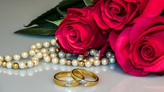 Pria Tunanetra Berusia 44 Tahun di Sulsel Nikahi Gadis Umur 12 Tahun (245368)