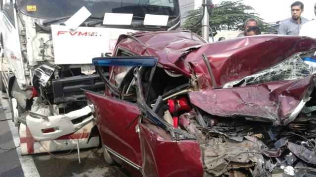 Kecelakaan beruntun di Bogor