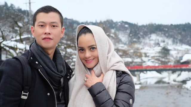 Ririn Ekawati dan suami, Fery Wijaya