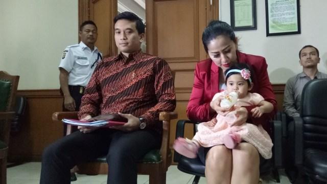 Venna Melinda Ajukan Hak Asuh atas Anak Perempuan yang Dibuang Ortunya (384525)