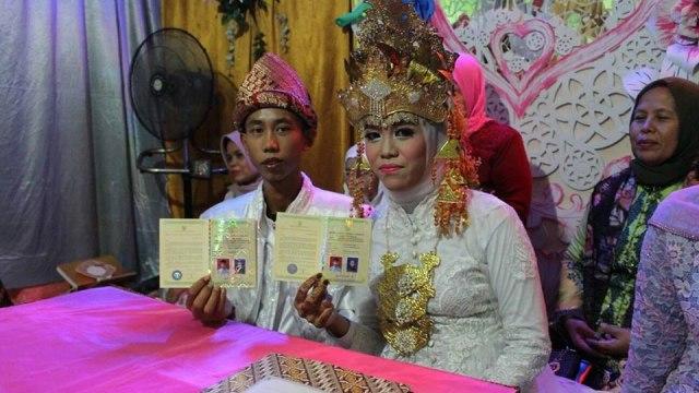 Heboh Dua Siswa SMP Menikah di Usia 15 Tahun (977848)