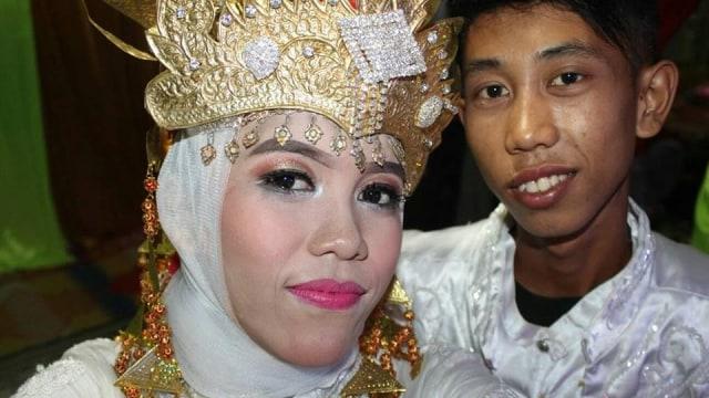 Heboh Dua Siswa SMP Menikah di Usia 15 Tahun (977850)