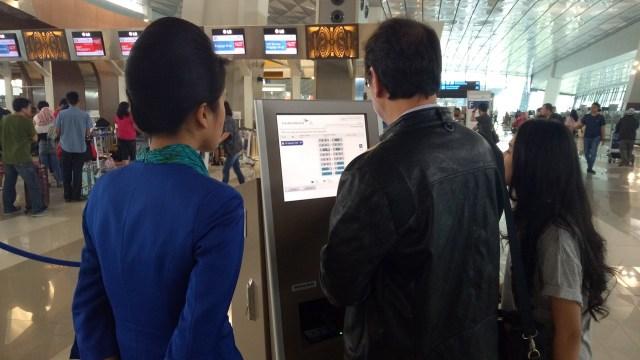 Self Check In Bandara Soetta