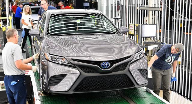 Toyota Memulai Produksi Camry Terbaru  (5979)