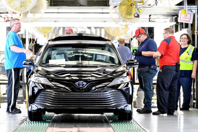 Toyota Memulai Produksi Camry Terbaru  (5980)
