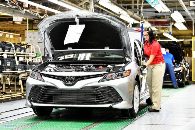 Toyota Memulai Produksi Camry Terbaru  (5978)