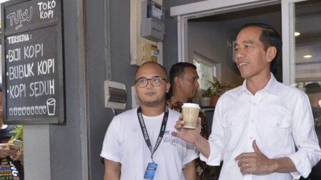Jokowi Ngopi di Cipete