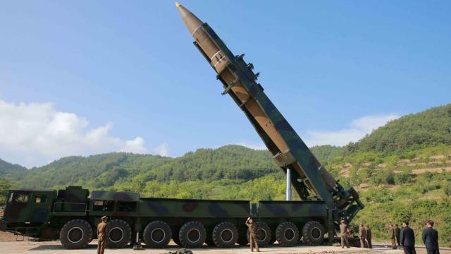 Kim Jong-un Pimpin Langsung Peluncuran Rudal Korut (1082003)