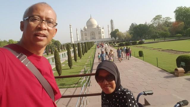 Mulyoto Pangestu dan istri.
