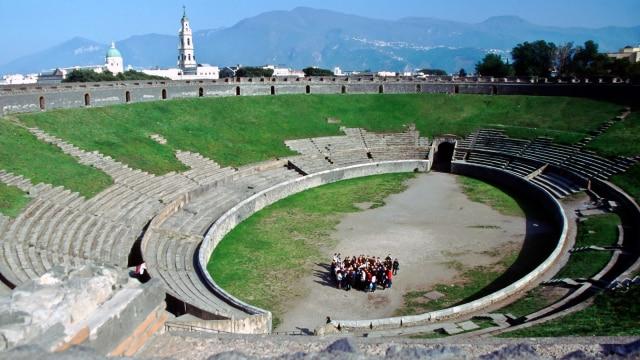 Di Balik Pertarungan Para Gladiator Pompeii (30646)