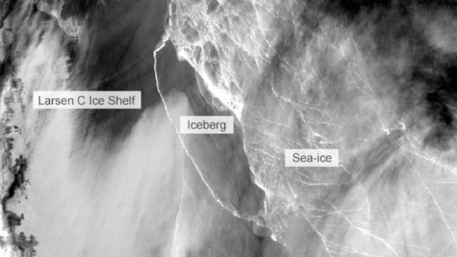 Gunung es A68 yang lepas dari Larsen C.