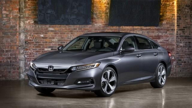 Honda Accord Terbaru Pakai Transmisi Otomatis 10 Percepatan (26196)