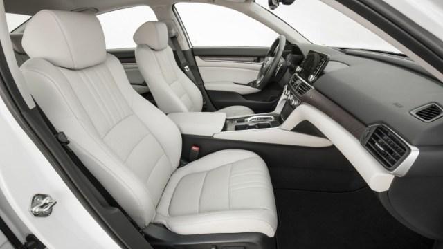 Honda Accord Terbaru Pakai Transmisi Otomatis 10 Percepatan (26198)