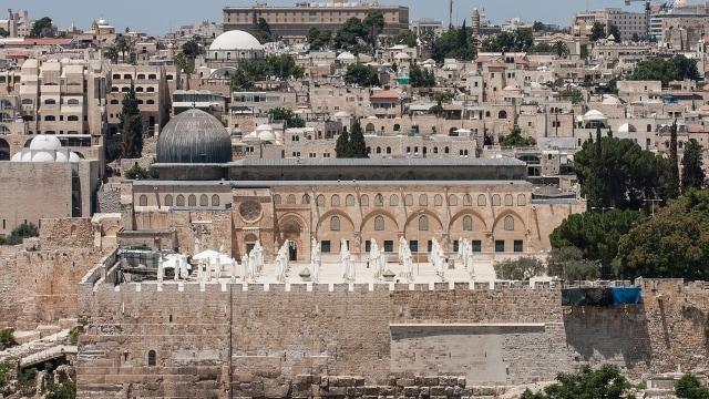 Ruang Salat Marwani di Masjid Al-Aqsa Terbakar (487164)