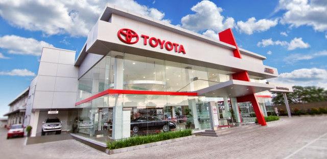 Mobil Toyota Paling Laris Di Dealer Toyota Bekasi Kumparan Com
