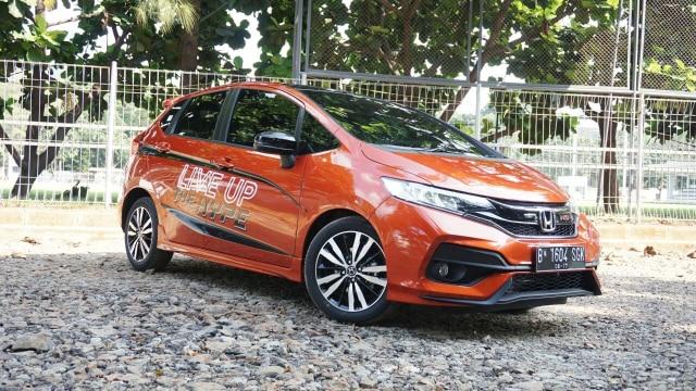 Berita Menarik: Spesifikasi Moge Eksotis Bupati Termuda; Honda Jazz Resmi Pamit (401401)