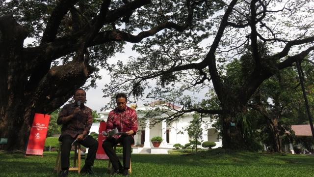 Pratikno dan Triawan Munaf