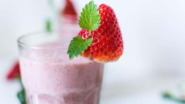 8 Makanan yang Bisa Diberikan untuk si Kecil saat Demam (240)