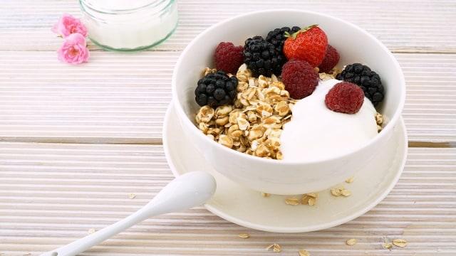 8 Makanan yang Bisa Diberikan untuk si Kecil saat Demam (237)